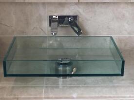 Glass sink
