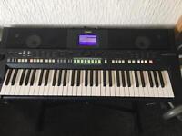 Yamaha PSR S650 Arranger Workstation Keyboard