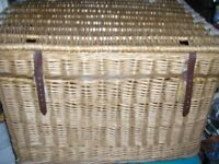 LARGE INDUSTRIAL TYPE WHICKER BASKET
