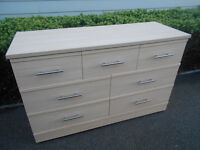 Wide 7 drawers chest *can deliver