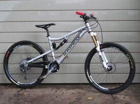 Nukeproof Mega am 2013 enduro mountain bike 155mm