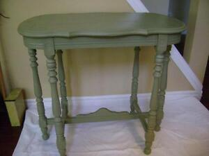Antique parlour table