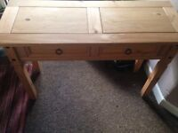 Pine solid wood dressing table