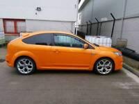 Electric orange focus st