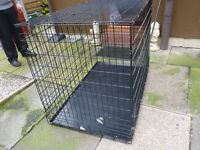 SMALL DOG CAGE, WITH INNER STEEL TRAY, EXCELLENT CONDITION, BARGAIN £25, CAN DELIVER
