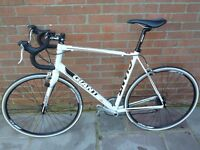 GIANT DEFY 3 ROAD BIKE FANTASTIC CONDITION