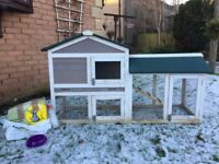 Rabbit or Guinea Pig Hutch (can deliver) + Extras