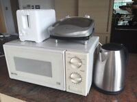 Kitchen Appliances including Microwave, George Forman Grill, Toaster, Iron Etc. Suit flat share