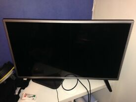 32 inch LG tv perfect condition