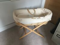 Moses basket with stand (Clair de lune)
