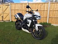 2012 Street Triple R, 13244 Miles, Carbon Seat Cowl and Hugger, tail tidy, Crash protection