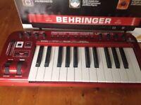 Behringer UMX250 U-Control 25 Key USB MIDI Controller Keyboard