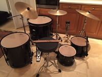 Black Pearl Forum Drum set - 7 piece plus extras & stool