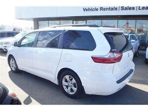 2015 Toyota Sienna LE - FWD, 3.5L V6, CD/MP3 Player, 30,658 KMs Edmonton Edmonton Area image 2