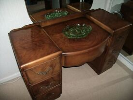 Lovely ART DECO Dressing Table in Walnut Veneer with Scalloped Bowed Central Drawer