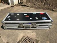 Digital decks/ mixer flight case, great condition!