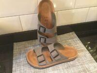 Khaki Birkenstock Sandals - Size 39/6 - Unworn