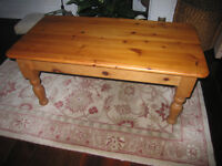 Attractive solid pine coffee table with turned legs