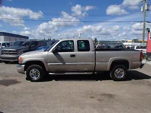 2007 GMC SIERRA CLASSIC 2500HD SLE1 EXT. CAB 4WD Prince George British Columbia image 2