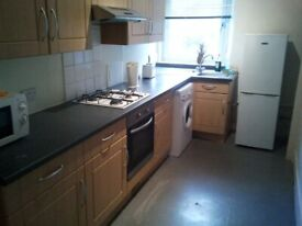 room to let 2 bedroom Bucksburn Aberdeen Bankhead nr dyce d/ble glazed large rooms £75 _ £80 p/w