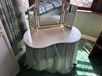 White Kidney Shaped Dressing Table