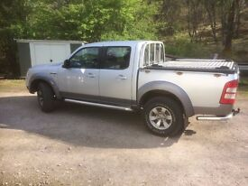 2007 Ford Ranger XLT with Mountain Back cover