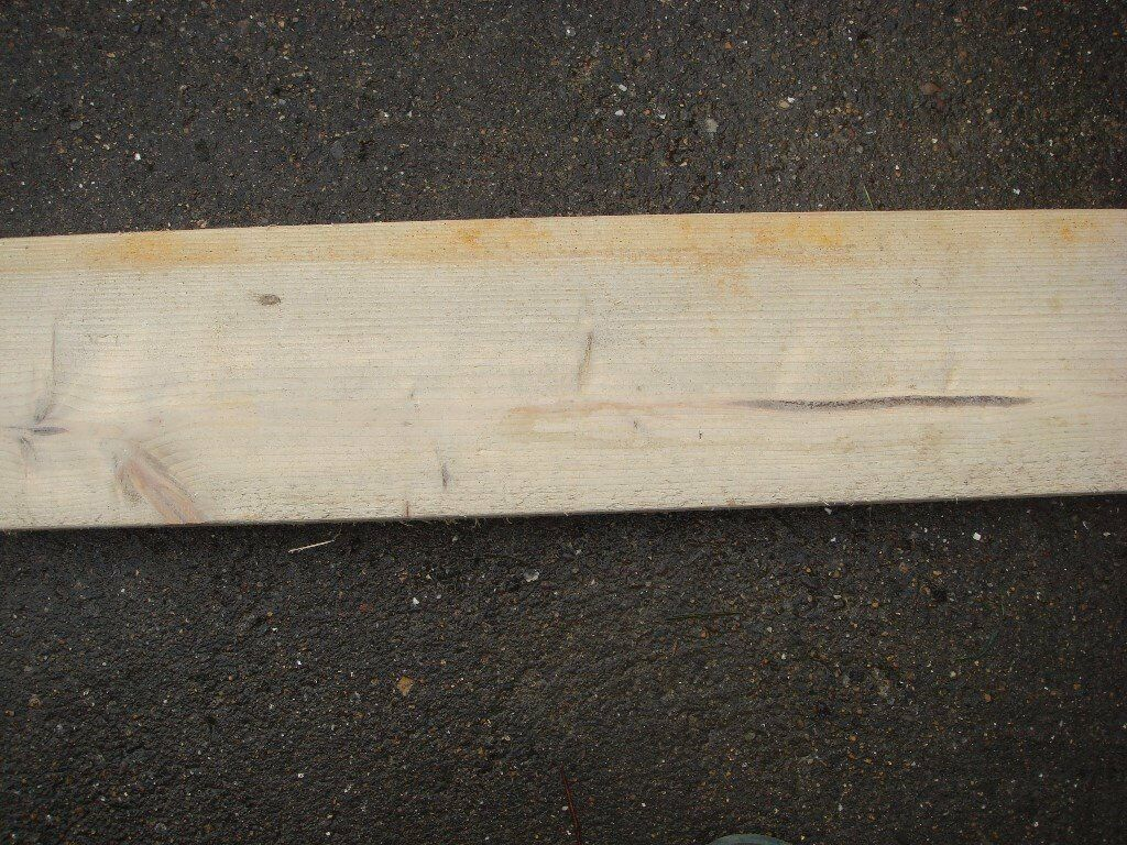 Timber Planks suit Building trade
