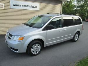 2009 Dodge Grand Caravan STOW N GO - TV/DVD!!!