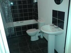 One Bed Flat to rent (part furnished, 5 small rooms)stunning views over Plymouth Sound.