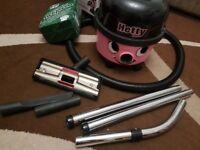 Hetty Bagged Cylinder Vacuum Cleaner HET 160