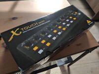 Behringer X-Touch Mini USB Midi controller