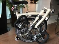 Brompton 6-speed Cream Folding Bike *Custom Made* Includes Helmet & lock.