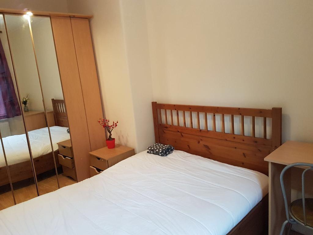 STUNNING ROOMS AVAILABLE IN STRATFORD NOW