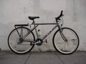 Mens Mountain/ Commuter Bike by GT, Grey, Excellent Condition, JUST SERVICED, CHEAP PRICE!!!!!!!!!!!