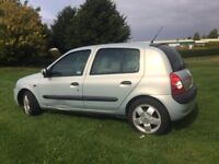 CHEAP AUTO LOW MILEAGE SMALL ENGINE CLIO - SERVICE HISTORY AND NEW MOT