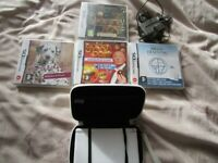 Nintendo DS Lite White Handheld Console with original Charger, Stylus, 4 games and Case
