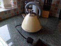 ACCENT KETTLE