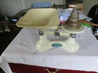 Set of retro kitchen scales with weights