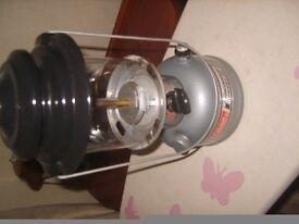COLEMAN LANTERN LAMP UNLEADED PETROL