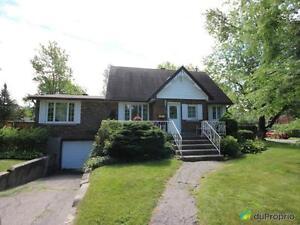 369 000$ - Maison 2 étages à vendre à Pointe-Claire