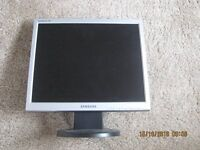 "17"" Samsung monitor"
