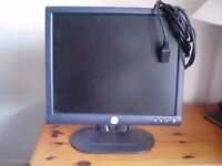 """Dell PC Monitor 15"""" with cables."""