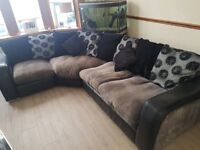 Lovely Corner Sofa | Reasonable Condition