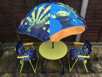 Buzz Light-year, Table, chairs and umbrella