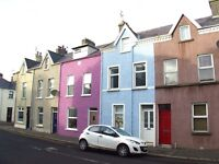 Spacious 4 Bedroom house with seaviews to rent in Victoria Road, Bangor