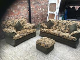3 seater and 2 seater plus puffet great condition