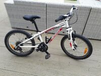 Specialized child/ kids Bike 20 inch wheels