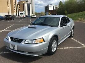Ford Mustang 35th anniversary edition