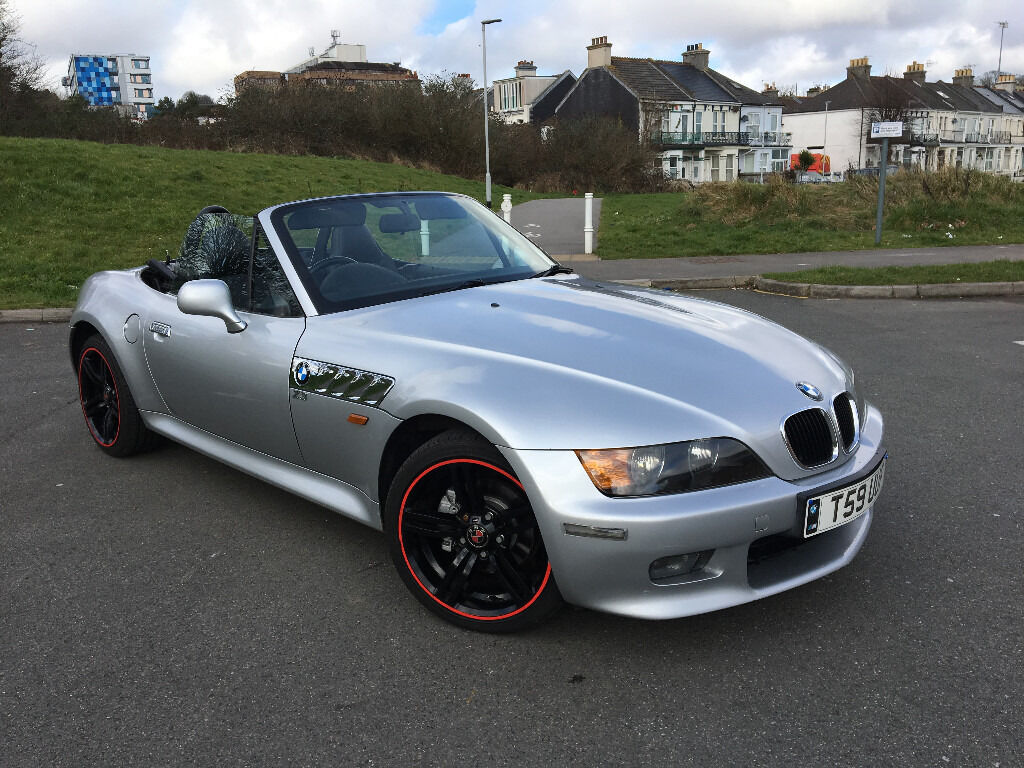 1999 bmw z3 roadster convertable 2 seater s h clean example nice looking little sport car. Black Bedroom Furniture Sets. Home Design Ideas