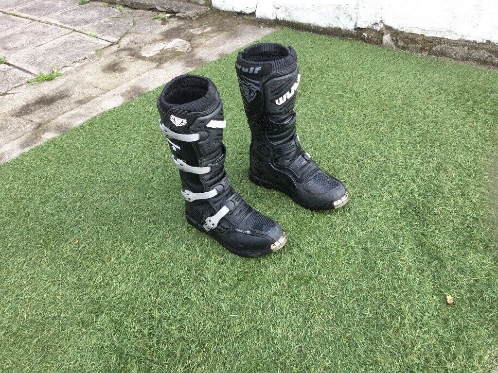 Size 9 wolf motorcross boots. Bought last xmas in very good condition